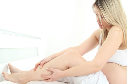 Leg cramps during pregnancy. Causes and first aid