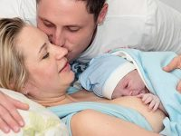 Homebirth with a midwife tumb