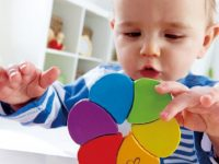 How to teach your toddler colors within a week