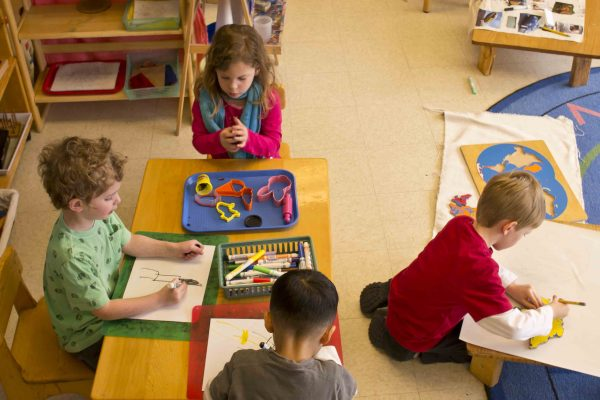 What is Montessori method? Principles, materials