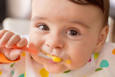 When to give baby eggs? How to start giving baby eggs